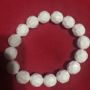 Jewelry - White stretchy bubble bracelet, easy on and off!
